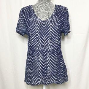 Tommy Hilfiger Blue Aztec Shirt Size Medium V-Neck